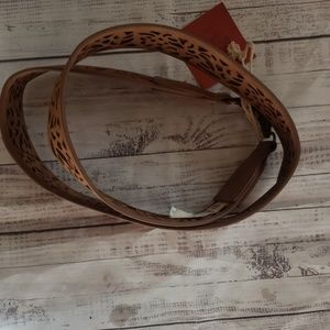 Mossimo brown faux leather accent belt D22